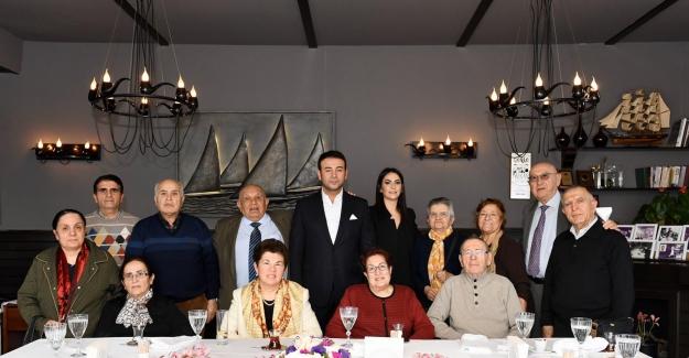 14 Şubat Sevgililer Günü Beşiktaş'ta renkli görüntülerle kutlandı