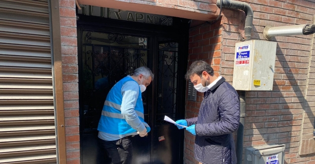 Beşiktaş'ta yardım kolilerin dağıtılmasına devam ediliyor