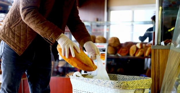 Geleneksel 'Askıda Ekmek' uygulamasına yoğun ilgi