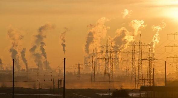 İstanbul'da hava kirliliği yarı yakın düştü