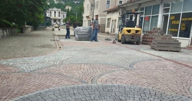 Belediyeden Sokaklara Arnavut Kaldırımı