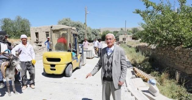 Gürpınar Belediyesi'nden Yol Yapım Çalışması