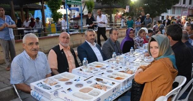 Körfezliler Ramazan Sofrasında Buluştu