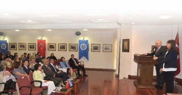 Osmanlı Torunu Mourad Ankara'da Konferansa Katıldı