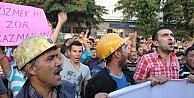 10 Saatlik Yol Yürüyerek İşten Çikarmalari Protesto Ettiler