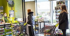 Market zincirinden koronovirüs önlemi: Kasalara cam paravan, 60 yaş üstü müşterilere özel saat aralığı