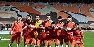 Adanaspor'da 5 Futbolcuya Süresiz İzin Verildi