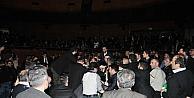 Ahmedinejadın Konuşması Sırasında Salonda Arbede: 7 Gözaltı