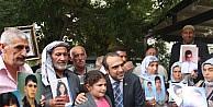 Ak Parti Diyarbakır Milletvekili İçten, Çocuklari Pkk Tarafından Kaçırılan Ailelerle Buluştu
