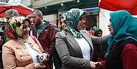 AK Parti Trabzon Milletvekili Adayları Ayşe Sula Köseoğlu Ve Adnan Günnar Seçim Çalışmalarını Sürdürüyor