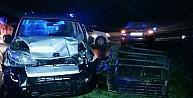 Akhisarda Trafik Kazası: 1 Ölü, 2 Yaralı