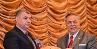 Anadolu Aydınlar Ocağı Başkanı Öztekin Kitabı Baküde Tanıtıldı