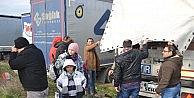 Avrupa'ya Kaçmak İsteyen Suriyeli Mülteciler Yanlış Tır'a Bindi