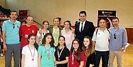 Badminton Turnuvasında İhlas Koleji Şampiyon Oldu