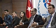 Bakan Çağatay Kılıç, Manisa Celal Bayar Üniversitesi Öğrencileriyle Görüştü
