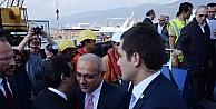 Bakan Elvan, Yarımca Limanı'nı Ziyaret Etti