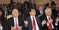 """Bakan Güllüce: Türkiye Münevver İnsan Problemi Yaşıyor"""""""