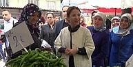 Bakan İslam, Belde Pazarında Alışveriş Yaptı