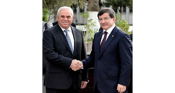 Başbakan Davutoğlu, Kktc'li Mevkidaşı Yorgancıoğlu İle Görüştü