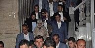 Başbakan Davutoğlu Konyada Halkın Arasına Karıştı