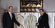 Başbakan Yardımcısı Kurtulmuştan Kundaklanan Camiye Ziyaret