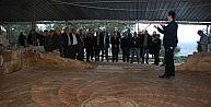 Başkan Saka Ve Meclis Üyeleri Antandros'u Gezdi