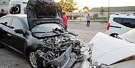Belediye Başkanı Kazada Yaralandı