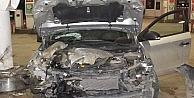 Bursa'da Otomobil Akaryakıt İstasyonuna Daldı: 5 Yaralı