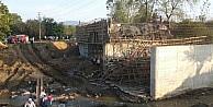 Çanakkale'de Köprü İnşaati Çöktü: 1 Yaralı