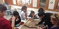 Çocuklarin Sanata İlgisi Burada Gelişiyor