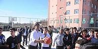 Darüşşafakadan Midyattaki Sporseverlere Basketbol Sahası