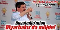 Davutoğlu, Diyarbakır'da HDP'ye Yüklendi