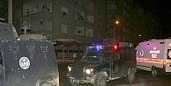 Diyarbakırda Akli Dengesi Bozuk Şahıs MOBESE Direğine Çıktı