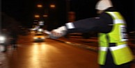 Dur İhtarına Uymayan Araç Polise Çarparak Şehit Etti
