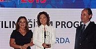 'Eğitimde Başarı Ödülleri Sahiplerini Buldu