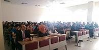 Erzincan Üniversitesi Mühendislik Fakültesi Öğrencilerine 4 Ayrı Seminer