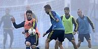 Fenerbahçe, Yeni Sezon Hazırlıklarını Sürdürüyor