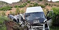 Gümüşhanede İnşaat İşçilerini Taşıyan Minibüs Kaza Yaptı: 7 Yaralı