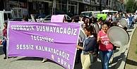 Hakkarili Kadınlar Taciz, Tecavüz Ve Şiddete Karşı Yürüdü