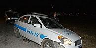 KAÇAN SÜRÜCÜ POLİS OTOSUNA ÇARPTI