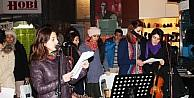 Kadına Şiddete Müzikli Protesto
