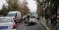 Kaza Yapan Motosiklet Sürücüsünü Kaskı Kurtardı
