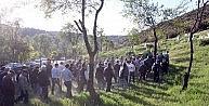 Kazada Hayatını Kaybeden Öğretmen Köyünde Toprağa Verildi