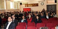 Kemerburgaz Üniversitesi Yöneticileri, Öğrencilere İstanbul'daki Üniversite Hayatını Anlattı