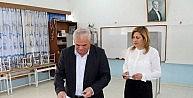 KKTC Başbakanı Yorgancıoğlu Sandık Başında