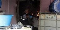 Kolonya İmalathanesinde Yangın: 1 Ölü
