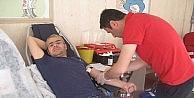 Kzılay Tırı Niksarda Kan Bağışı Topladı