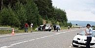 Lastiği Patlayan Otomobil Takla Attı: 1 Ölü, 6 Yaralı