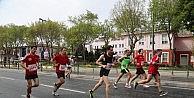 Maratonun Eyüp Güzergahı Koşuluyor