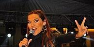 Mesir Macunu Festivalinde Demet Akalın Coşkusu